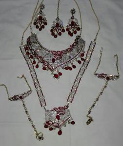 burgundy set