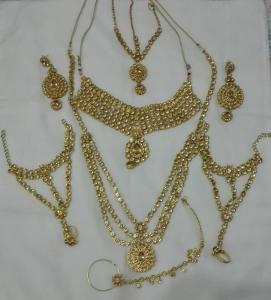 plain gold jewels