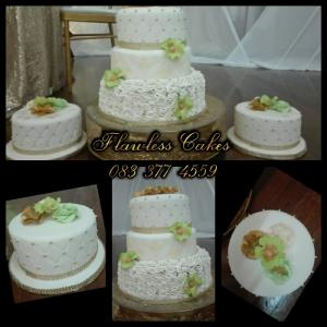 Nikiwe wedding cake